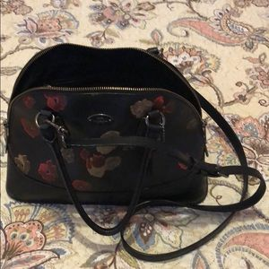 Wonderful coach floral crossbody bag No scratches